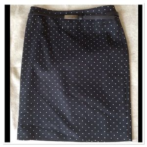 Polka dots pencils skirt